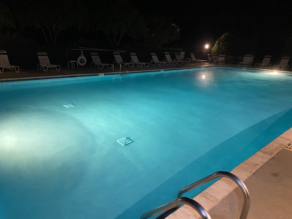 Pool Early AM2